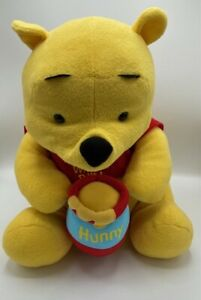 Disney Winnie the Pooh Fisher Price Mattel Disney 2004 Large Soft Plush Toy