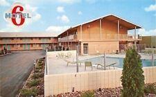 Davenport Iowa~Motel 6~North Brady Street~Pool~Sambo's Next Door~1970s Postcard