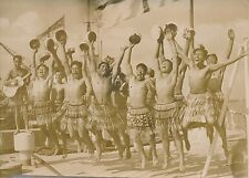 "ANGLETERRE 1952 -Équipage Maori Croiseur le ""Bellona"" Danse Indigène Haka-PR 166"