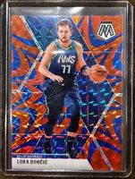 2019 Panini Mosaic Luka Doncic Reactive Blue Prizm - Dallas Mavericks