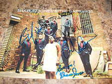SHARON JONES AND THE DAP-KINGS AND DAPPETTES SIGNED 8 X 10 PHOTO