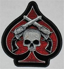 SKULL AND REVOLVERS ON A SPADE DELUXE BIKER PISTOLS PATCH  biker iron on