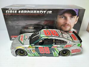 2014 Dale Earnhardt Jr #88 Diet Mountain Dew 1:24 NASCAR Action Die-Cast MIB