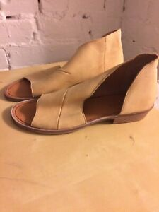 Free People Mont Blanc Open Toe Shoes Tan Leather size 40