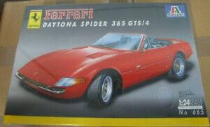Italeri Kit 1:24 - Ferrari Daytona Spider 365 GTS-4   - Plastic Model