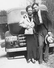 """Bonnie and Clyde 10"""" x 8"""" Photograph no 7"""