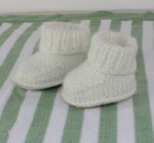 KNITTING INSTRUCTIONS-BABY FLUFFY BOOTIES  SHOES BOOTS KNITTING PATTERN