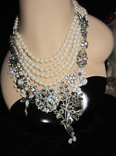 BETSEY JOHNSON SOMETHING NEW FAUX PEARL AND LOTS OF BLING STATEMENT NECKLACE