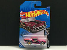 Hot Wheels Super Treasure Hunt STH 2020 Int Carded > '57 Chevy Pink