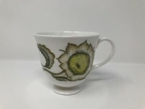 Susie Cooper 'Sunflower' Tea Cup (without saucer) - 1st Quality