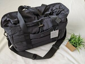 Lululemon Dash All Day Duffel Bag Removable Shoulder Strap Black NWT