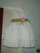 BLUEBERI WHITE DRESS W/GREEN TRIM AND FLOWER SZ 3 TODDLER RETIL$42.00