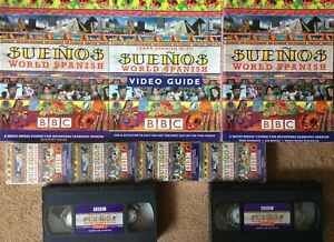 BBC Suenos World Spanish: Language Pack (course books, VHS and cassettes)