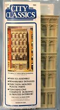 City Classics HO Scale Grant Street Iron Front Building (101)