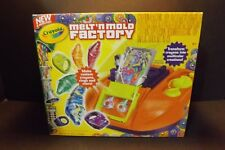 New Crayola Melt 'n Mold Factory Kit Crayon Maker N 74 7060 Crayons Molds BNIB