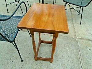 colonial  Maple Wood Side/End/Bed Table