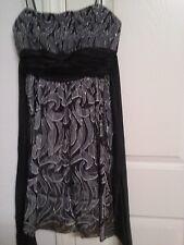 bcbg max azria dress size 4P formal wear black gray petitie