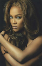 Tyra Banks12x8 unsigned photo UP420