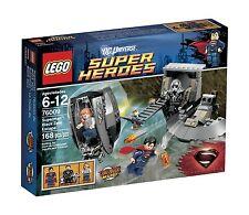 Lego DC Super Heroes 76009 Superman BLACK ZERO ESCAPE Lois Lane Zod Minifig NISB