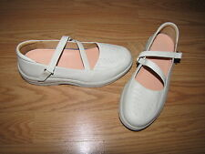 NWOB Dr. Comfort 'Betsy' Off-White Mary Jane Flats - 7M European 35
