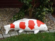 Steinfigur Tierfigur Koi Fisch groß weiß und rot