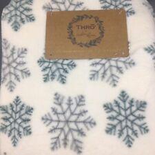 Christmas Snowflake Soft Fleece Throw Blanket Ivory Gray Teal Holiday 50x70 THRO