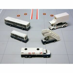 Gemini 200 Airport Service Vehicles for 1/200 Scale Model Aircraft G2APS450
