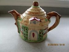 VINTAGE TEAPOT ROUND THATCHED ROOF ENGLISH COTTAGE SHINY JAPAN MID CENTURY