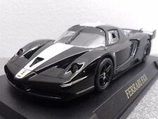 Véhicules miniatures noirs IXO pour Ferrari