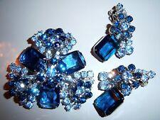 AMAZING VTG JULIANA SAPPHIRE BLUE CRYSTAL BLUE RHINESTONE BROOCH EARRING SET