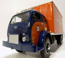 FIRST GEAR 10-4085 1953 WHITE 3000 COE DELIVERY VAN ALLIS-CHALMERS 1/34 Scale