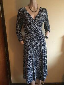 Artigiano ~ Black & Grey Print 3/4 Sleeve V Neck Jersey  Midi Dress ~ Size 14