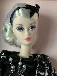 2015 Boucle Beauty Silkstone Barbie Fashion Model Doll - Gold Label - NRFB Mint