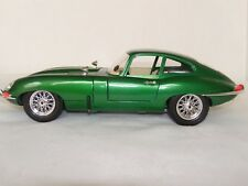 "Jaguar ""E"" Coupe - 1:18 - Diecast Green - Super Sport - 1961"