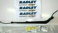 NEW OEM GM Chevrolet, Tahoe, Suburban Avalanche LH Windshield Wiper Arm 22917502