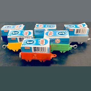 6: THOMAS & FRIENDS MINIS MYSTERY ENGINES on Cargo Car Age 3+ ~ New with Tags