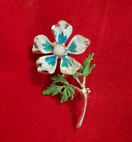 Vintage HOLLYWOOD goldtone blue Enamel Flower Brooch Pin