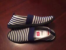 New CLIFFS WHITE MOUNTAIN Navy Striped TIPTON Slip On Elastic Canvas Shoes Sz. 6