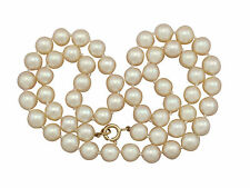 Vintage Single Strand Cultured Pearl Necklace with 18 ct Yellow Gold Clasp