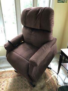 Golden Technologies PR-501M Comforter Lift Chair/ and recliner- Medium