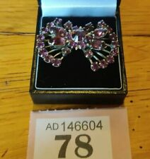 Stunning Silver Tone Bow Shaped  Brooch With Amethyst Coloured Crystals