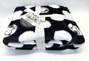 "Peanuts Gang Snoopy Velvet Soft Blanket Black White by Berkshire TWIN 60"" X 90"""