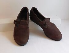 ROCKPORT Soft Brown Nubuck Suede T-Strap Comfort Walking Shoes 7B (M, Medium)