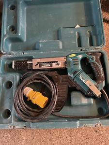 MAKITA 6843 AUTO FEED SCREW GUN 110V