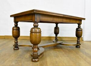 Antique style Very large bulbous oak 8 - 10 seater extending dining table