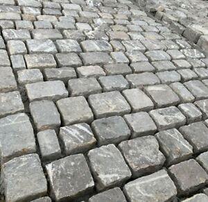 Reclaimed Natural Gritstone Stone Paving Setts / Cobbles