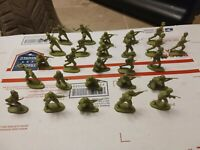 am177 Vintage LOT Plastic Army Men German infantry ww2  Hong Kong wwii soldier