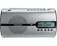 Tragbare Grundig Tischplatten-Radios mit DAB Signal