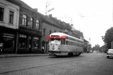PHOTO  BELGIUM TRAM 1958 LA LOUVIERE SNCV PCC TRAM CAR ON ROUTE ?10402