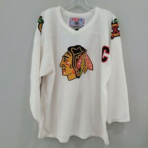 VTG 90s CCM Chicago Blackhawks Chris Chelios 7 White Hockey Jersey Mens L